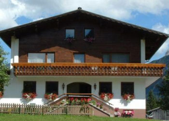 pension zug in lech am arlberg im sommer